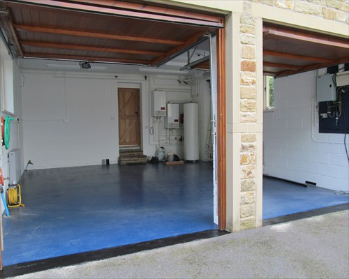 Seamless Flowable Epoxy Garage Flooring Residential Installation Yorkshire