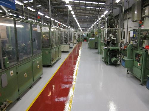 Walkways and line demarcation using epoxy resin coating