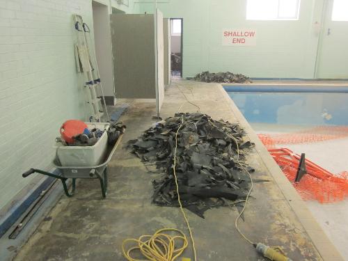 Anti slip resin flooring at Huddersfield Swimming pool