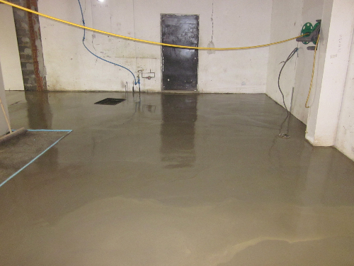 Poured cementitious floor screeds Newcastle Tyne Wear